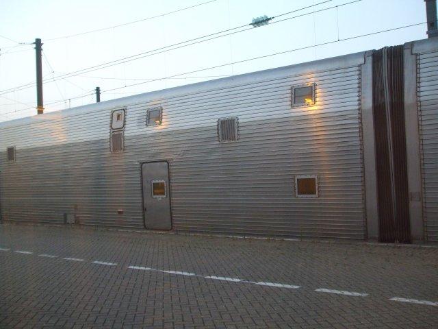 Так выглядят вагоны для перевозки автомобилей под Ла -Маншем