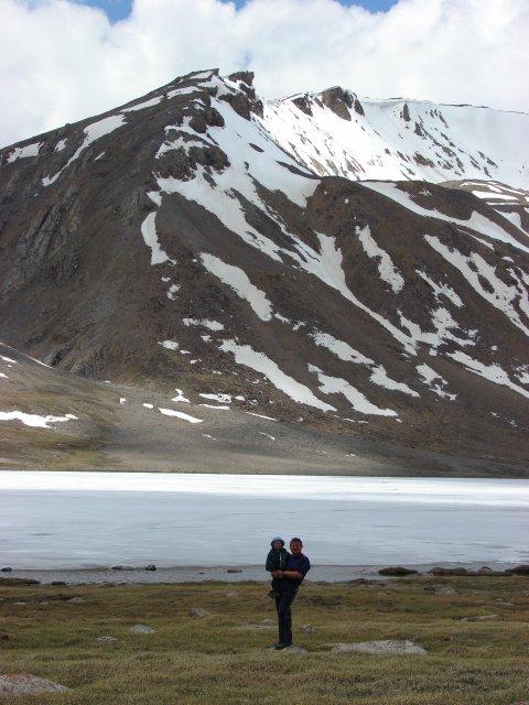 Озеро на высоте 4500 м
