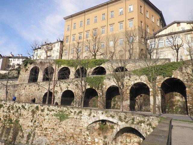 Стены Старого города Бергамо