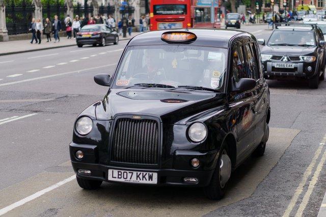 Лондонское такси Black cab