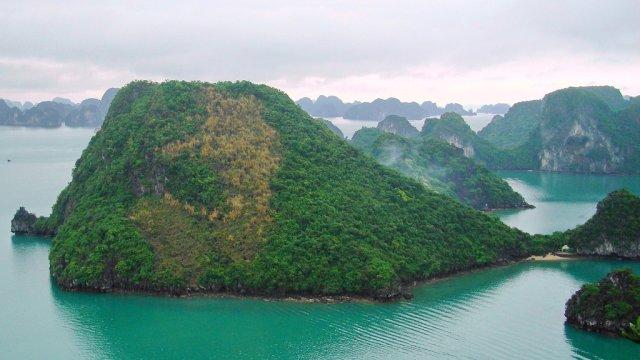Халонг, Вьетнам